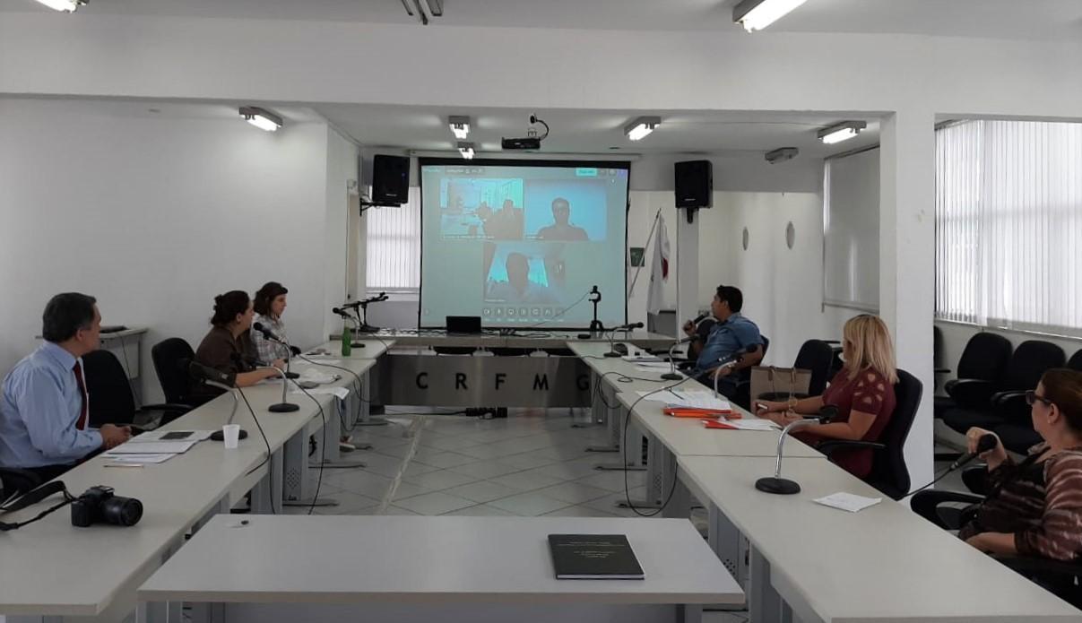 Diretoria inova em suas reuniões e planeja cursos online